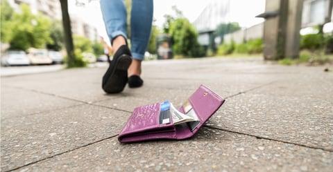 如果您的信用卡丟失或被盜,該如何處理?